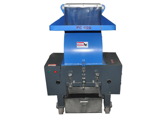 Weight 980kg Waste Crusher Machine , 1300*1000*1520 mm Crusher Machine Plastic